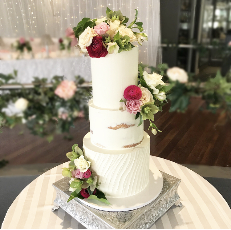 Georgia - October 2018 - Many thanks to Eliza for service above and beyond. The cake was magnificent. Matched wedding styling perfectly. Eliza delivered and finished the cake in situ. The guests loved it
