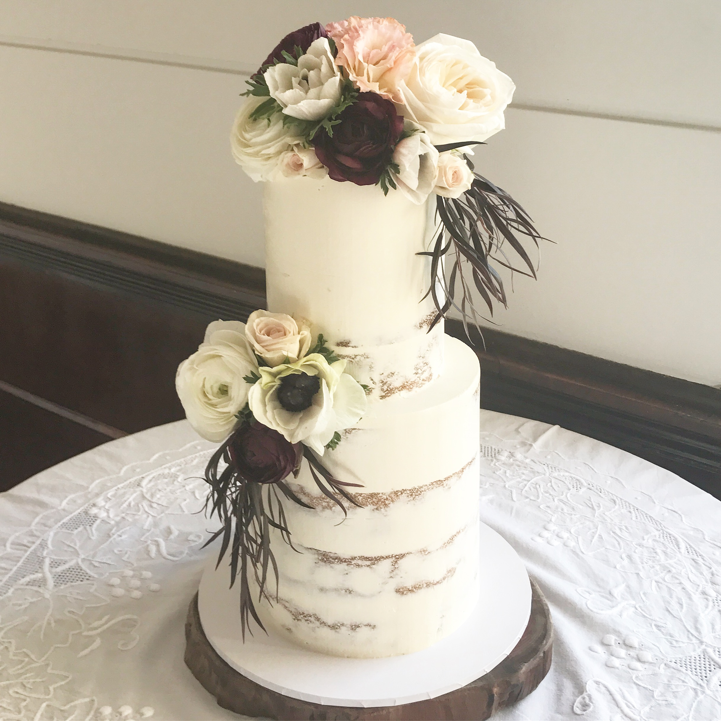 Bronwyn - September 2017 - THANK YOU so much for creating our amazing wedding cake. The cake was exactly what we imagined it to be, and tasted even better! Eliza was an absolute professional, prompt in her responses and simply a pleasure to deal with. Thankyou again! Xx