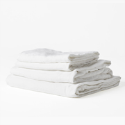 https://www.ilovelinen.com.au/ultra-luxurious-100-pure-french-linen-sheet-set-in-white