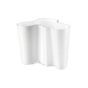 Iittala_Aalto-Vase_Opal-White_16cm.jpg