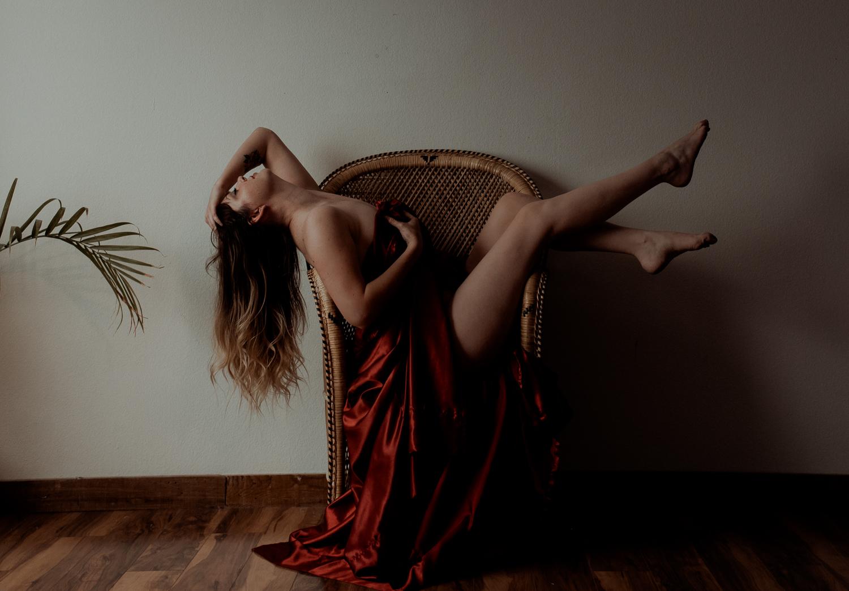 boudoir photographer bend oregon.JPG