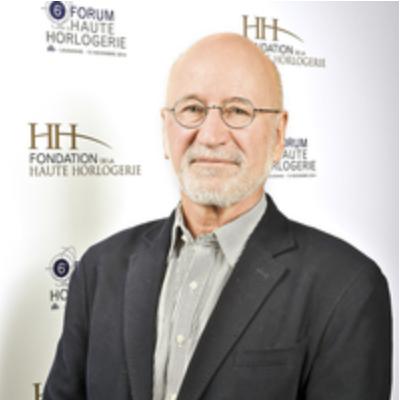 Jean-Philippe Arm. Anthropologue, journaliste.Créateur de Watch Around et rédacteur en chef de mars 2007 à mars 2017.