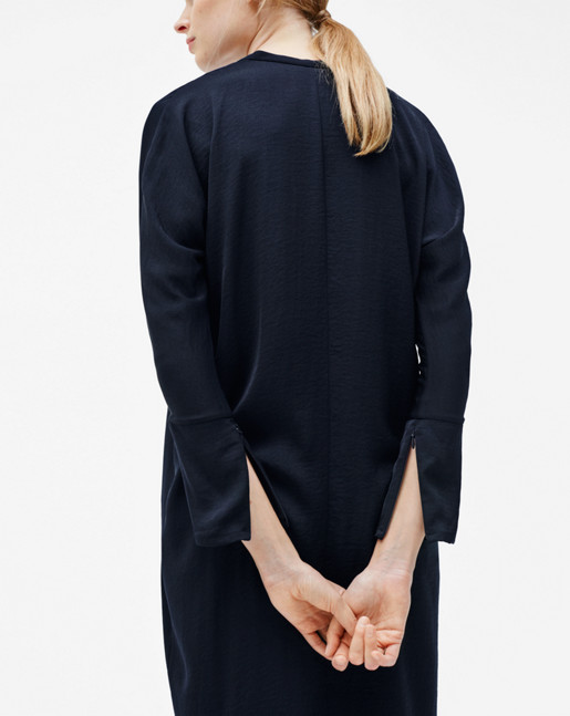 1-15-24986-S18-navy_collection2.jpeg
