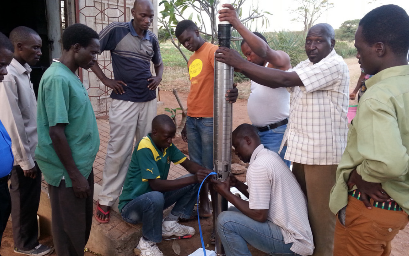 Installation of the new water pump together with a local engineering company and the hospital water team