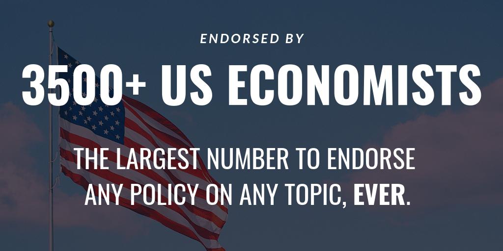 Twitter_ 3500+ Economists.png