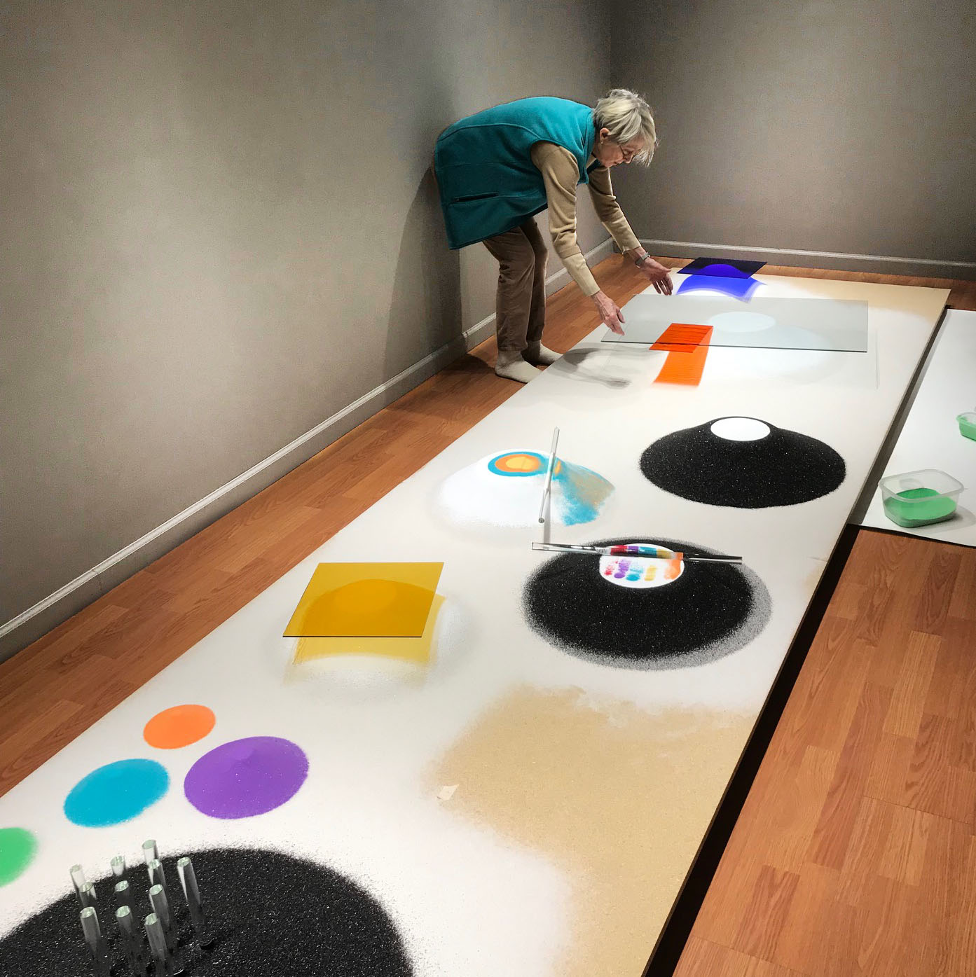 TRANSPARENT MOVES in progress at State of the Art Gallery 2019
