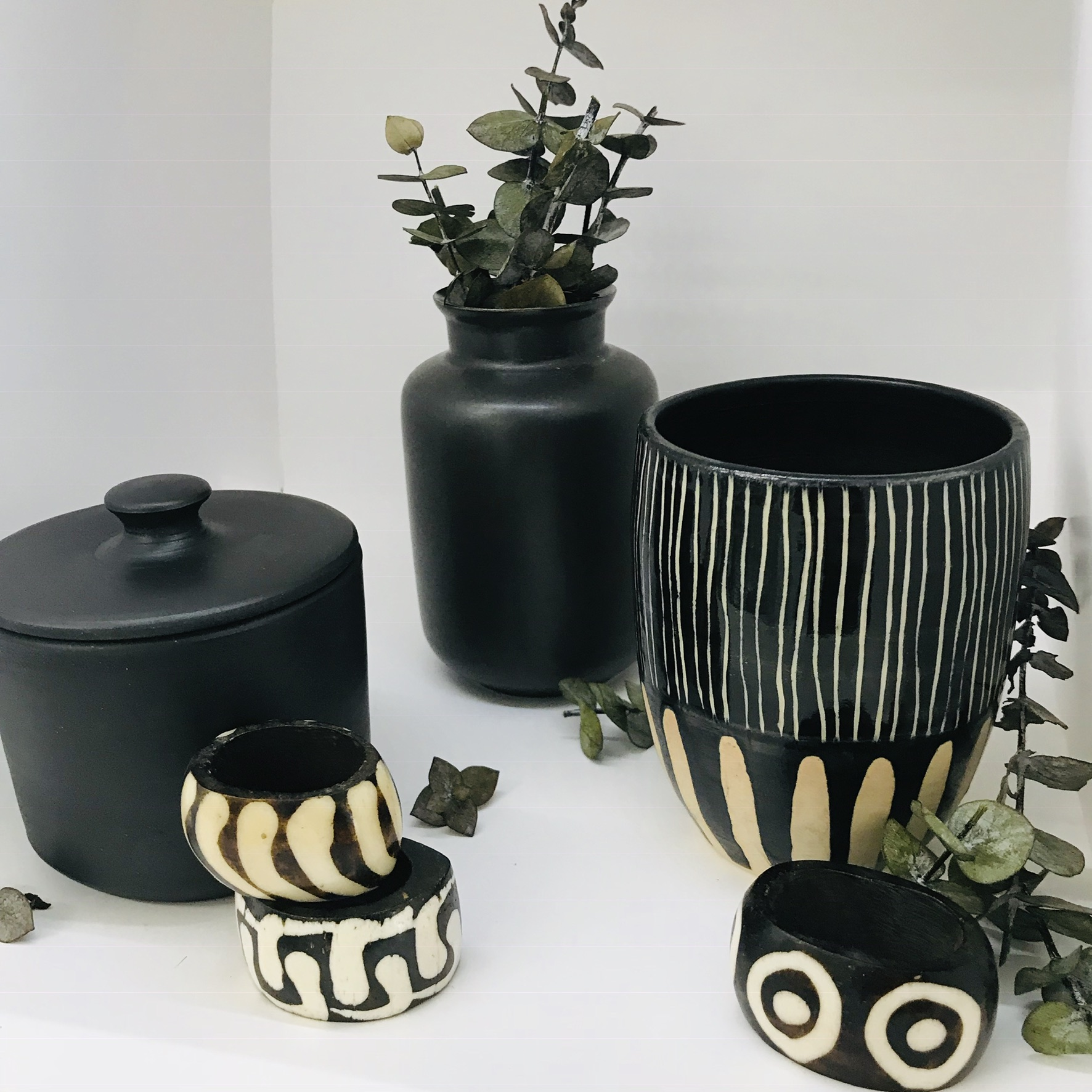 Gifts for your Boyfriend - Gift the gift he really needs, house decor and accessories like our Kenyan napkin holders, cup sets, and planters. Bonus you can use them too.