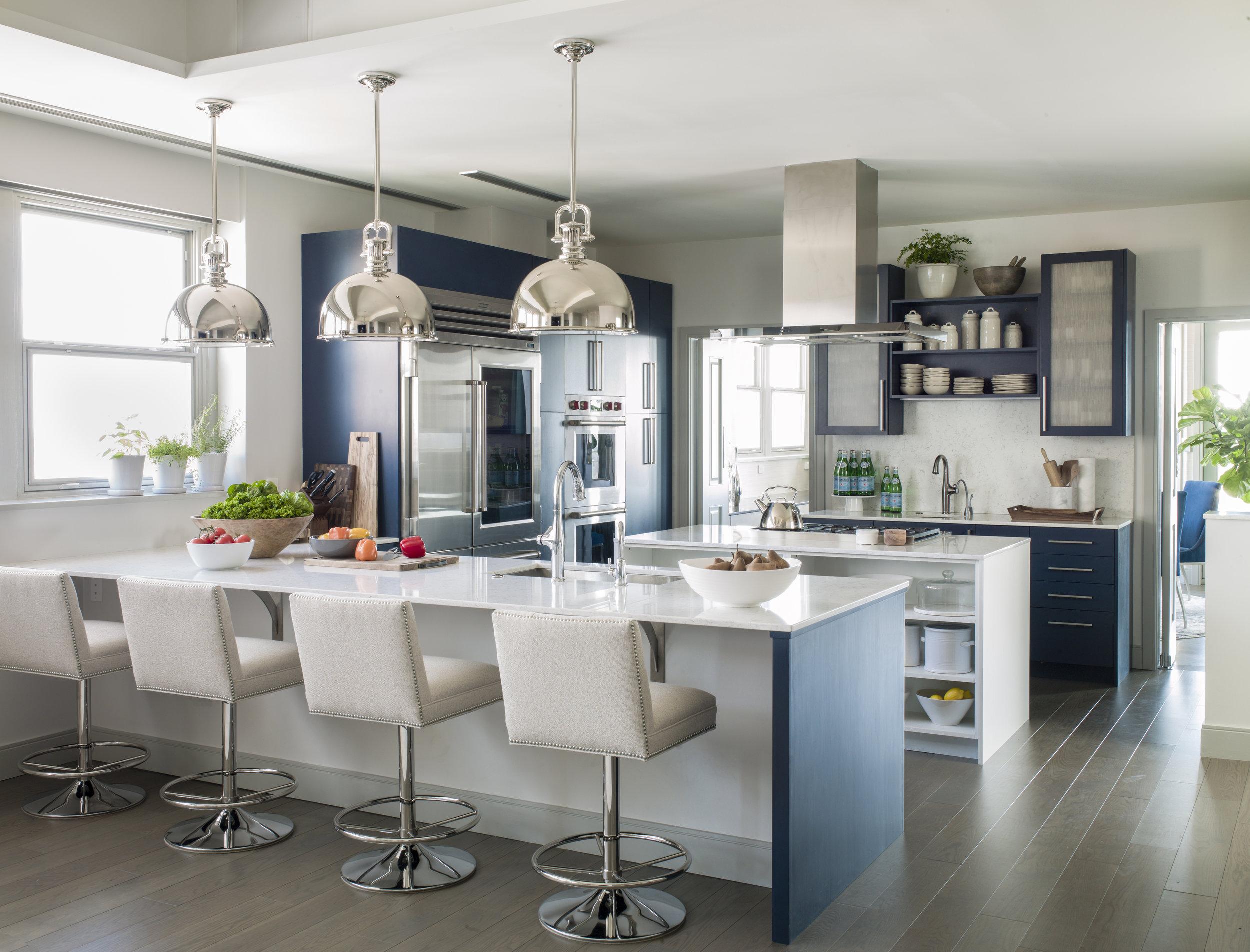 Laura Hodges Studio - Murren - Kitchen.jpg