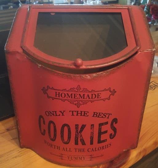 cookies can.jpg