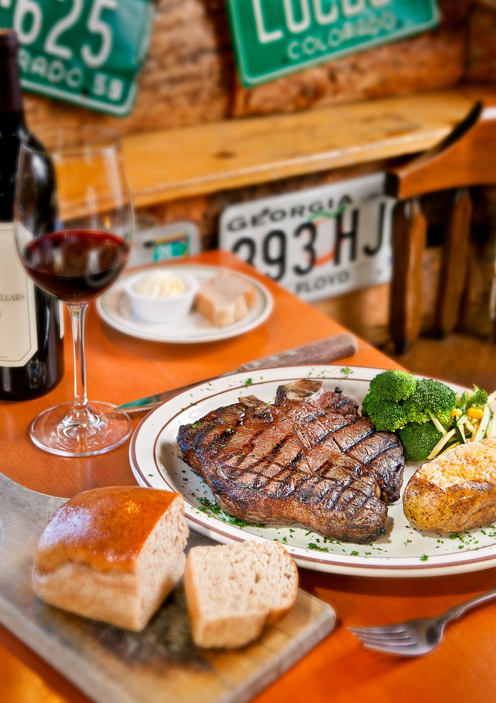 steak-redwine-bread.jpg