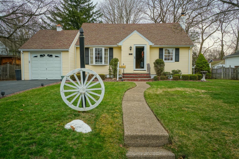 15 Westervelt Ave Closter NJ  $$574,900