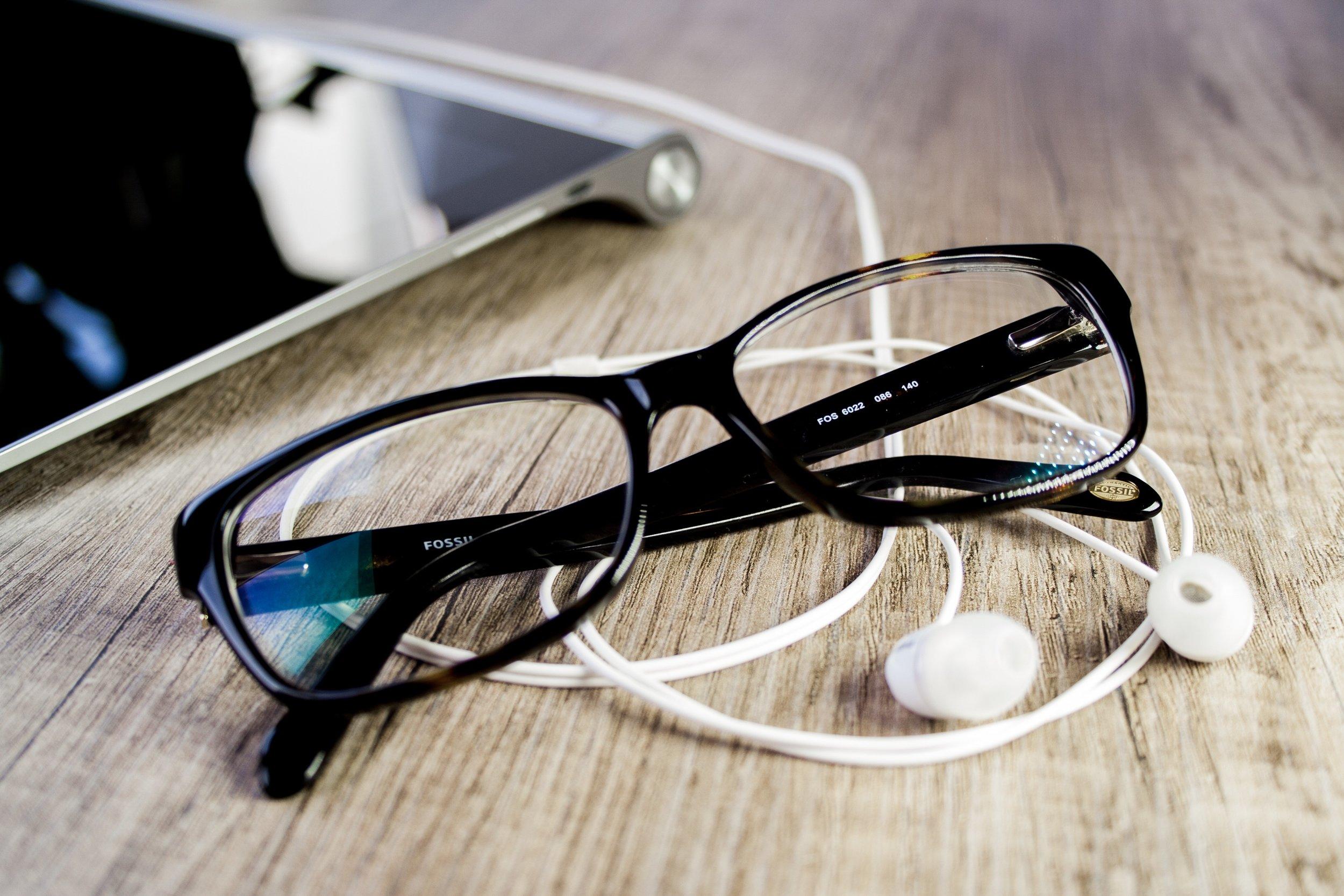 glasses-earbuds.jpeg