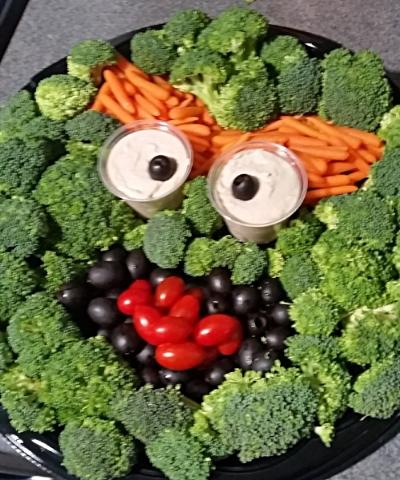 Oscar the Grouch Veggie Tray