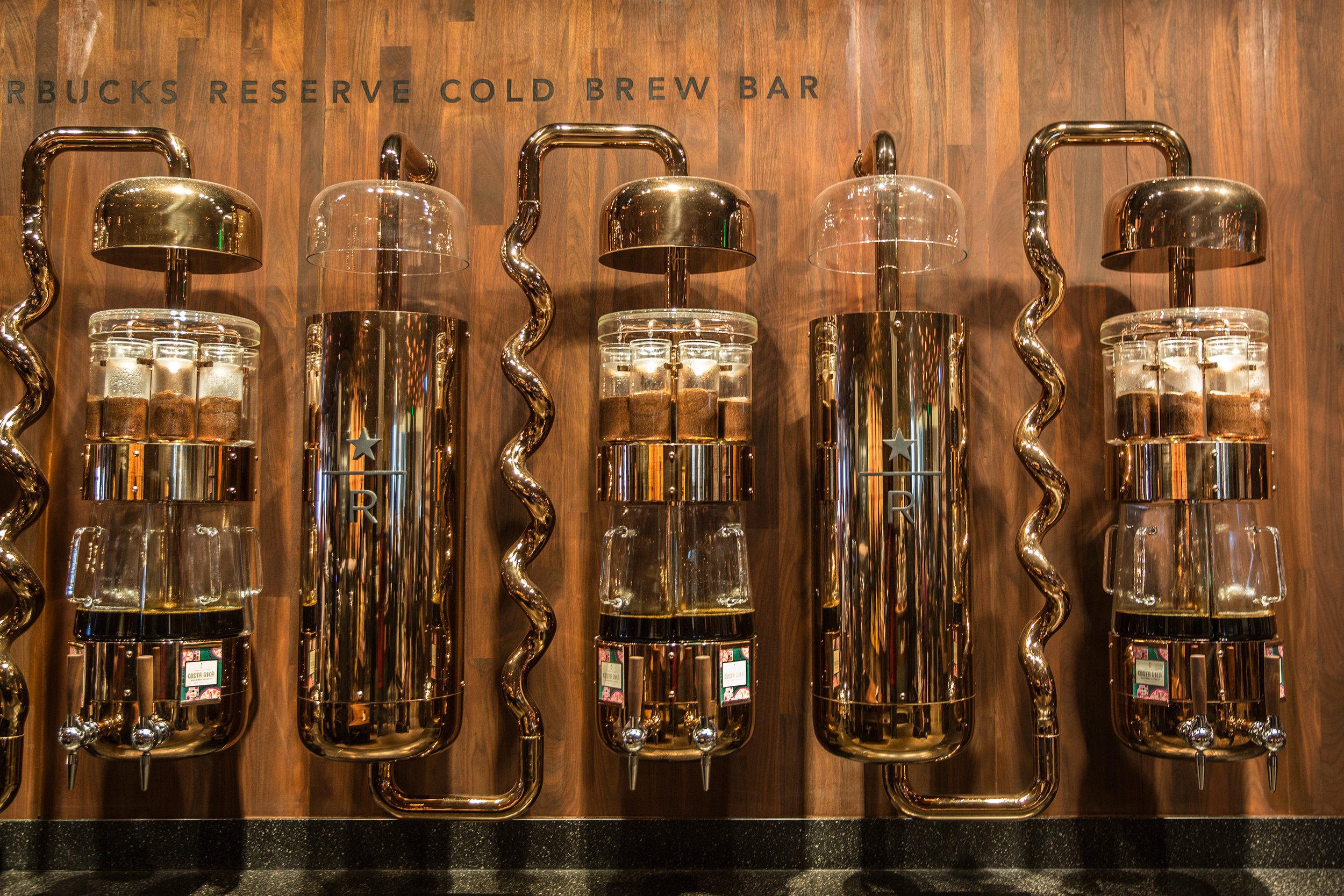Shanghai Starbucks Roastery Cold Brew Bar.  Photo credit: Moody Man.