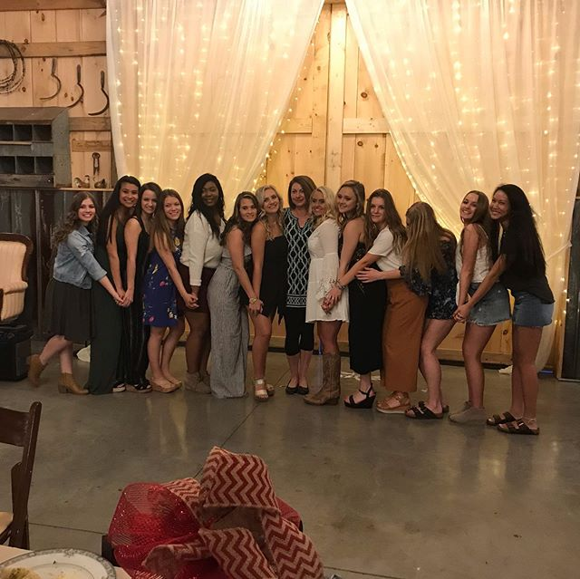 Ooltewah High School Cheer Banquet🦉🎉So enjoyed having this sweet group of girls at the Barn celebrating a great year!!