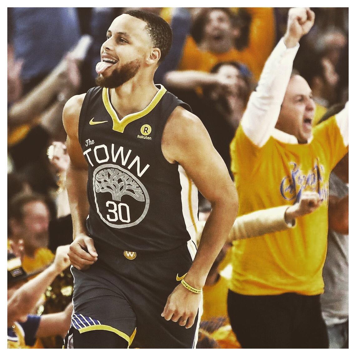 GOLDEN STATE WARRIORS - 2018 NBA CHAMPS
