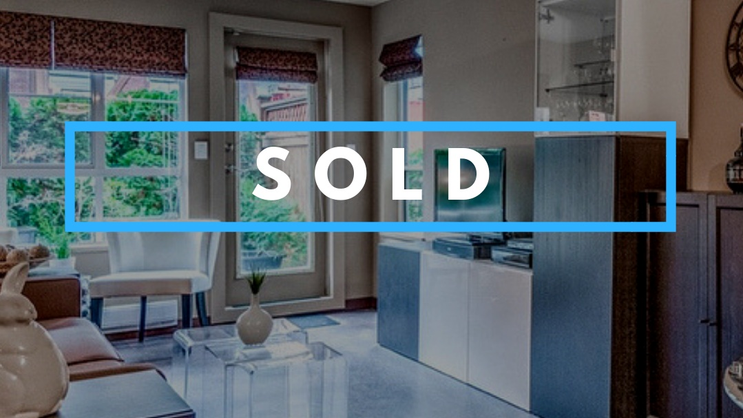 NEW WESTMINSTER, BC    Congratulations to my buyers for purchasing this beautiful condo in New Westminster! So happy that I was able to find a home that they loved in such a tight time frame. Found a place before it hit MLS and jumped on it!