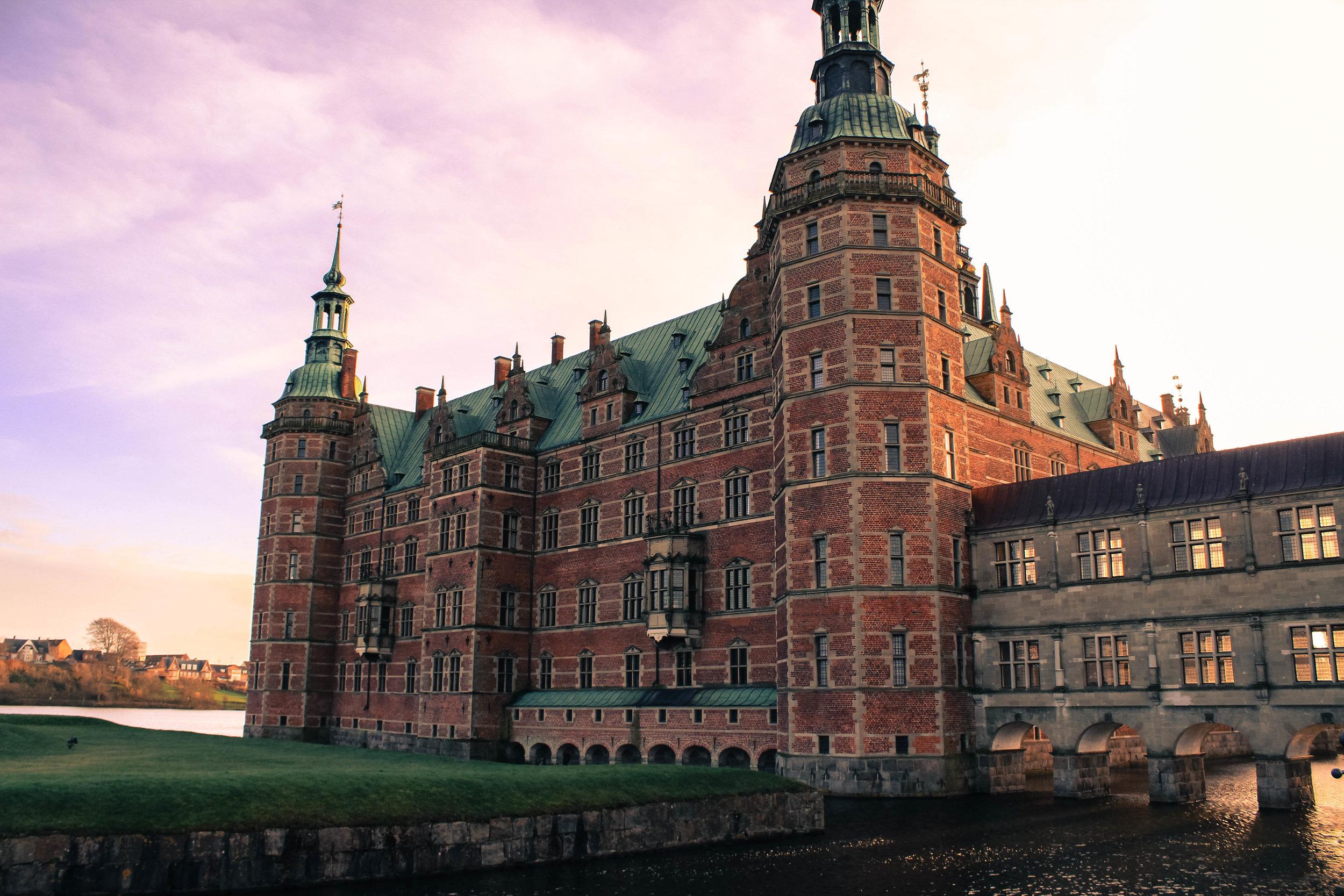 4 Architectural Marvels in Copenhagen - Who else loves design? Yipee!