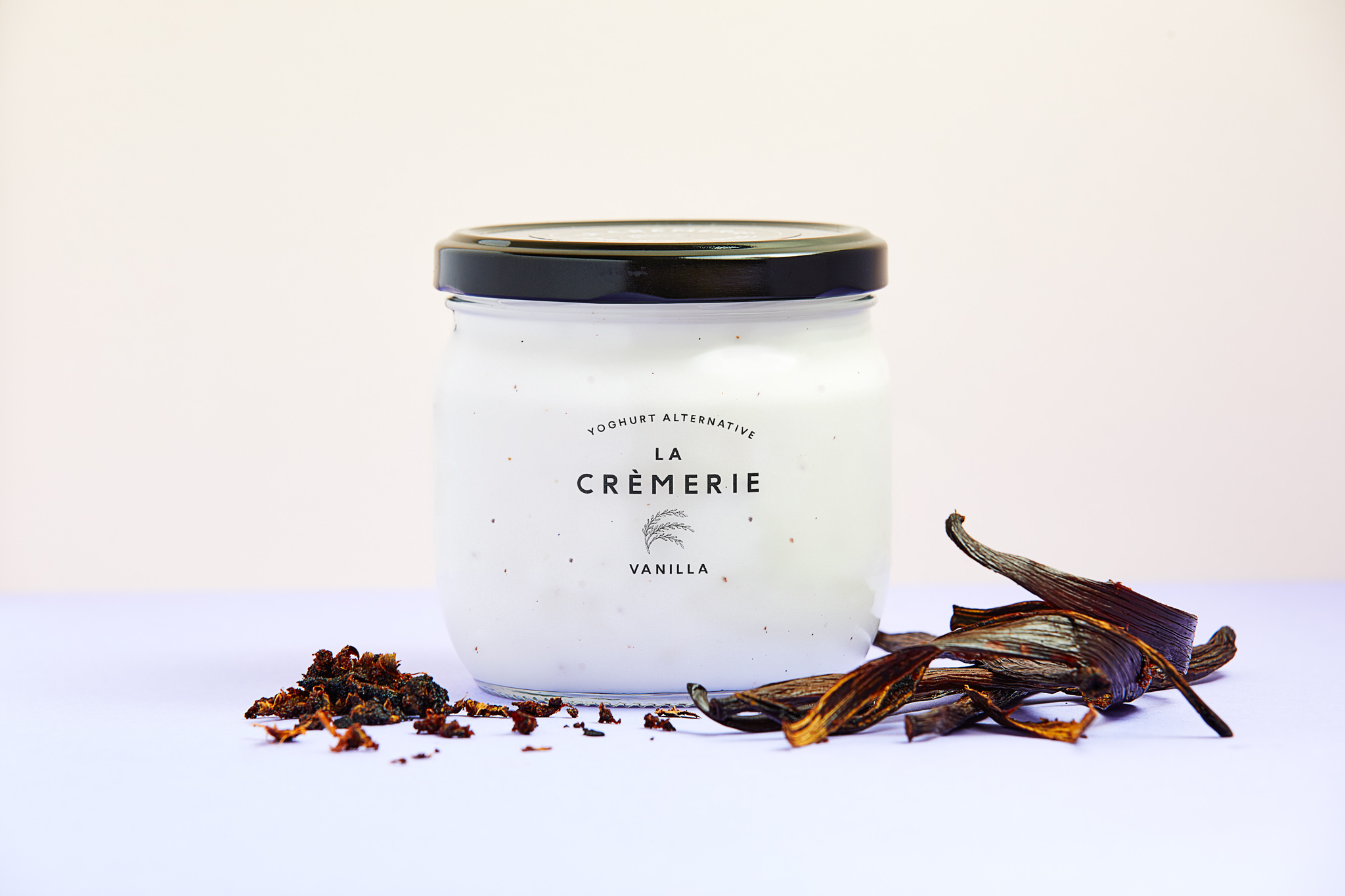An all-star favourite, our rich yet sugar-free Vanilla concoction will probably become your morning best friend.   Ingredients:  Water, organic rice (30%), organic vanilla powder (0.02%), organic vanilla extract (0.02%), live cultures (Pediococcus pentosaceus, Lactococcus lactis).
