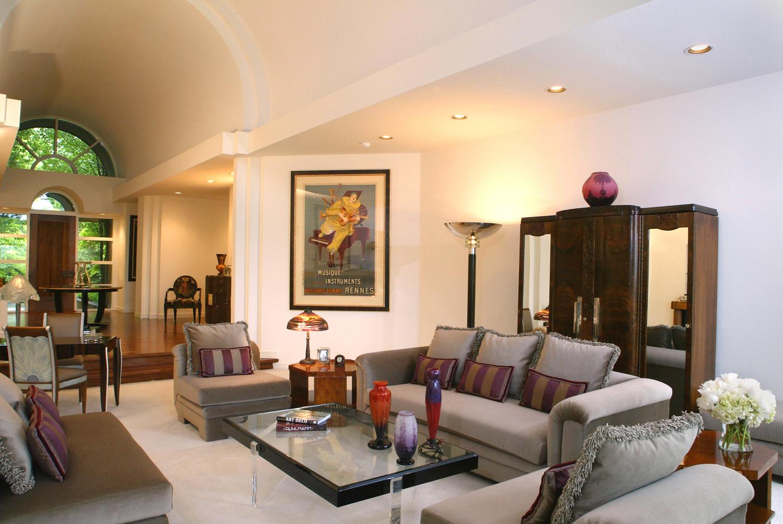 livingroom2lg.jpg