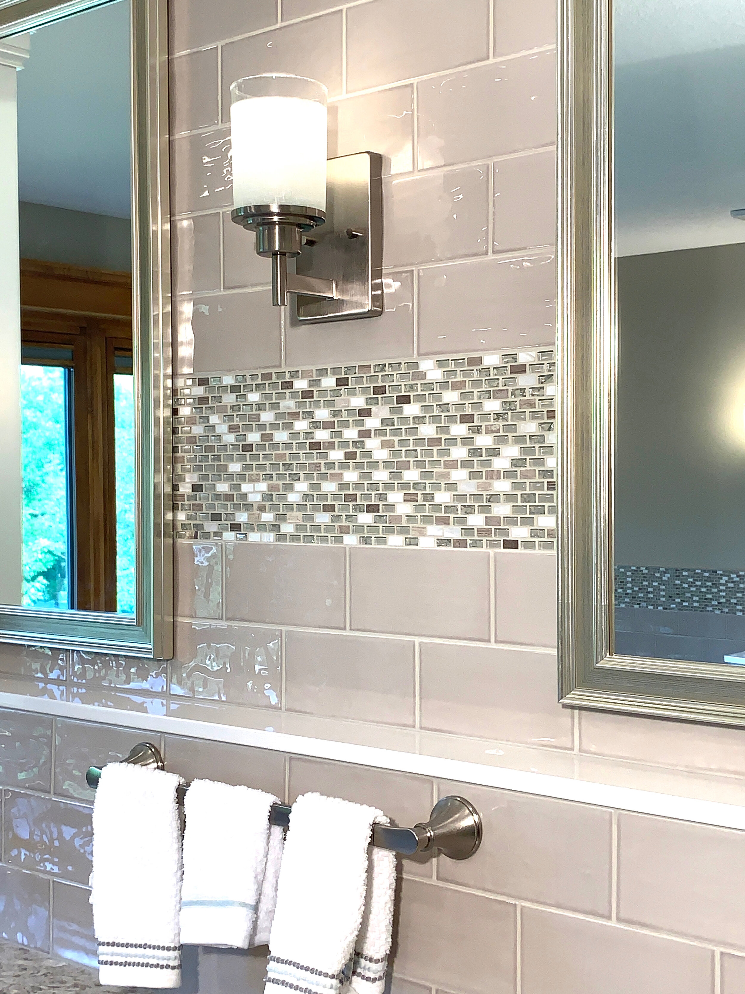 Accent tile and Cambria ledge