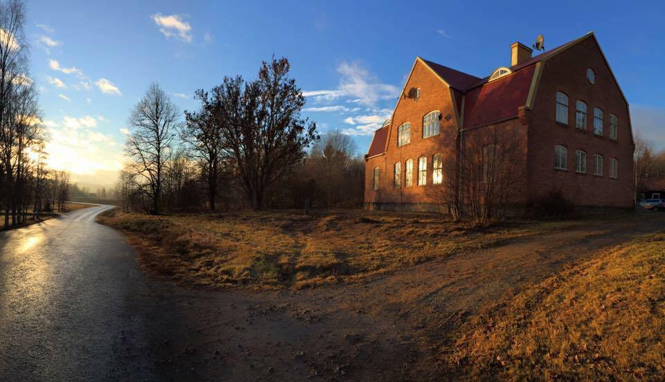 Helsinglight SFX Makeup Academy, Art Gallery and Events, in the beautiful countryside, Hälsingland, mid north of Sweden.
