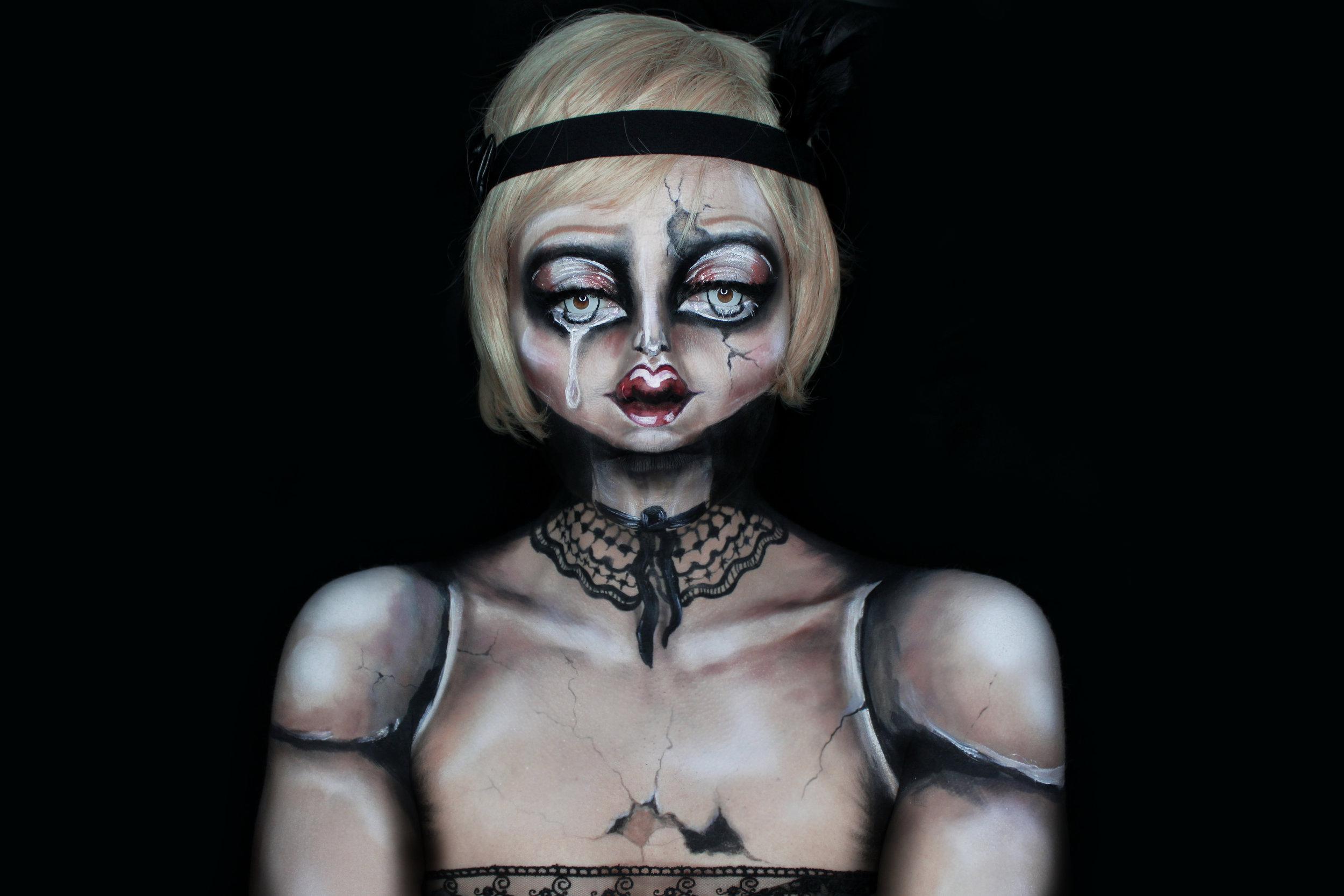 Illusion face paint makeup by FX makeup artist Metamorphosia FX
