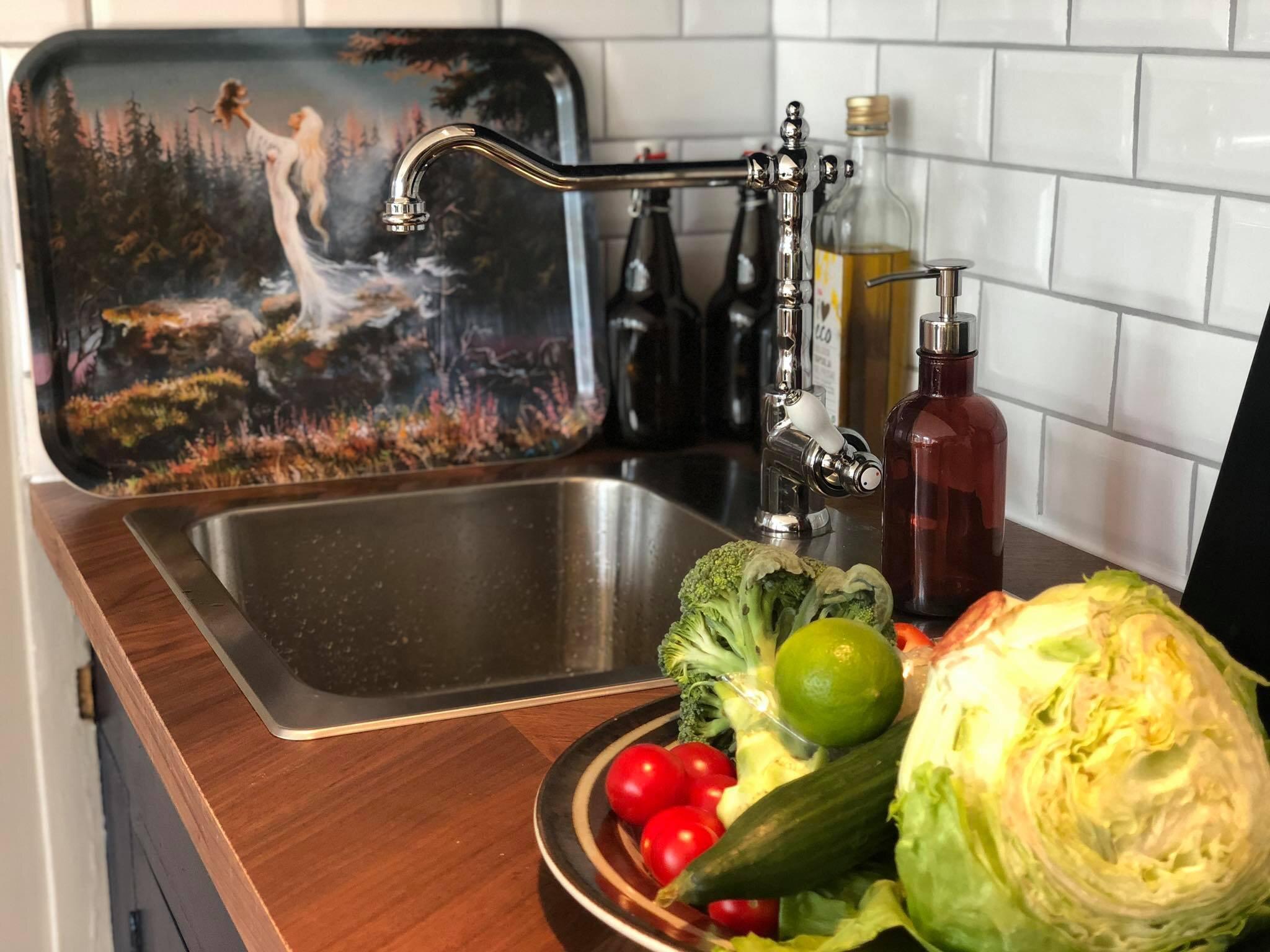 helsinglight aair kitchen food.jpg