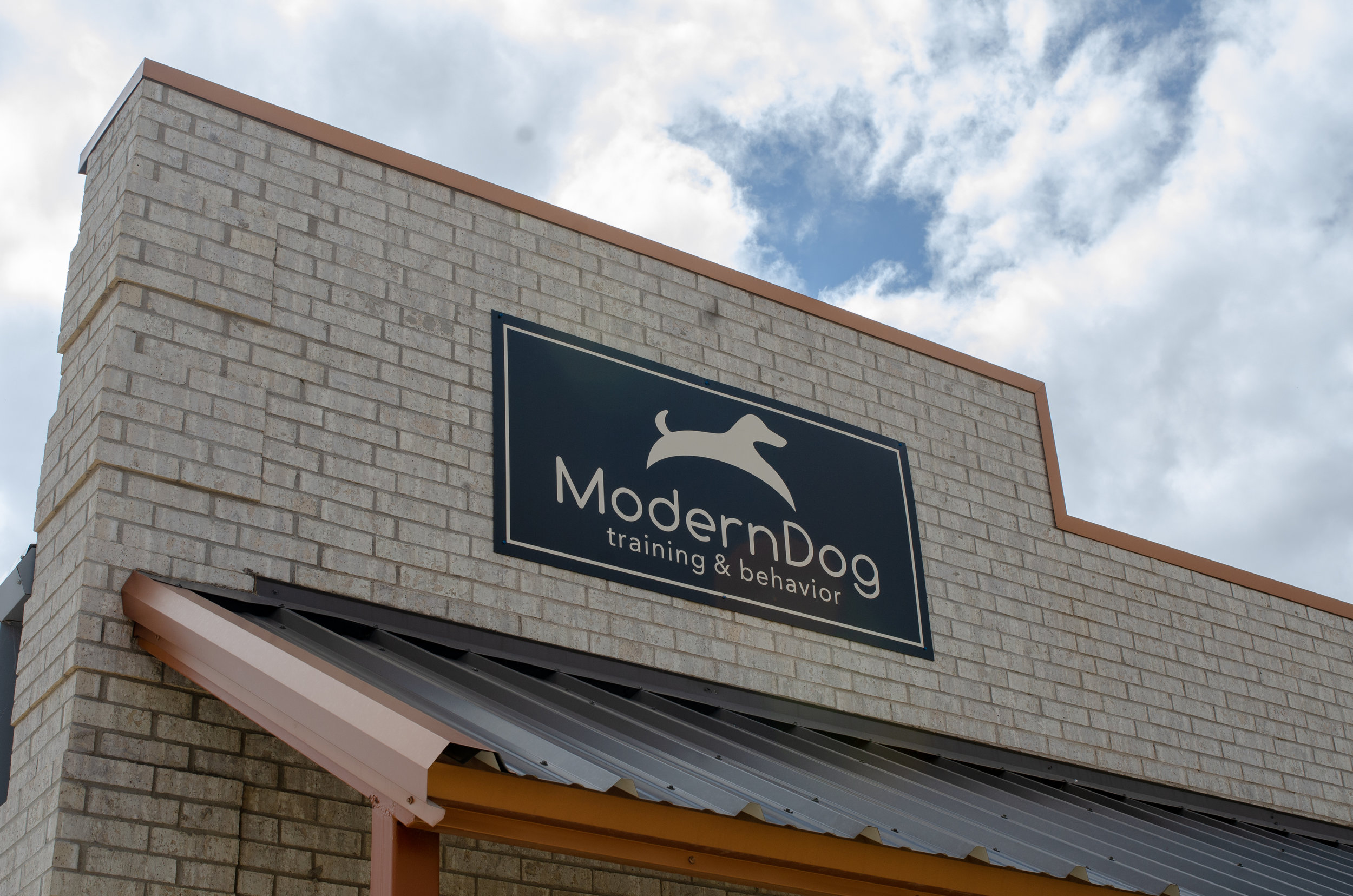 Store info - Phone Number - (806) 893-8275Location - 12411 Univesity Ave Suite #1Social Media -FacebookInstagramWebsite -http://www.moderndoglbk.com/Store Hours -By appointment