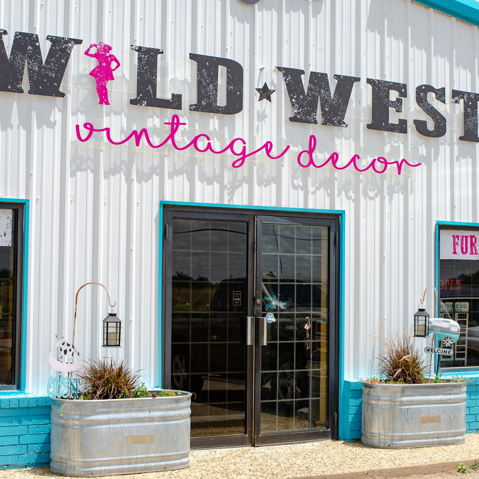 Wild West Vintage Decor - 15% Off Your Purchase