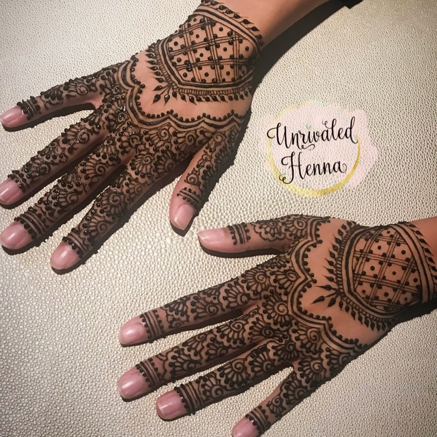 - She managed to get me in even when she was fully booked for my bridal mehndi and I couldn't have been happier with the results! She's super kind, super friendly, and does such a wonderful job in a short amount of time. - Sarah/Kheira (8/9/18)