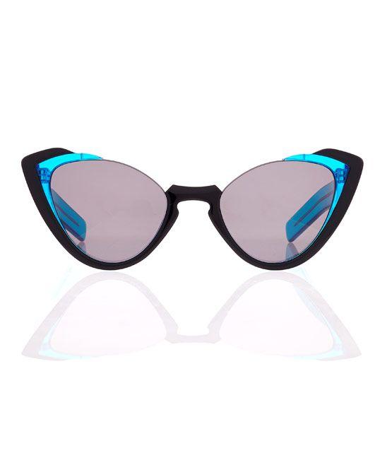 Demi frames
