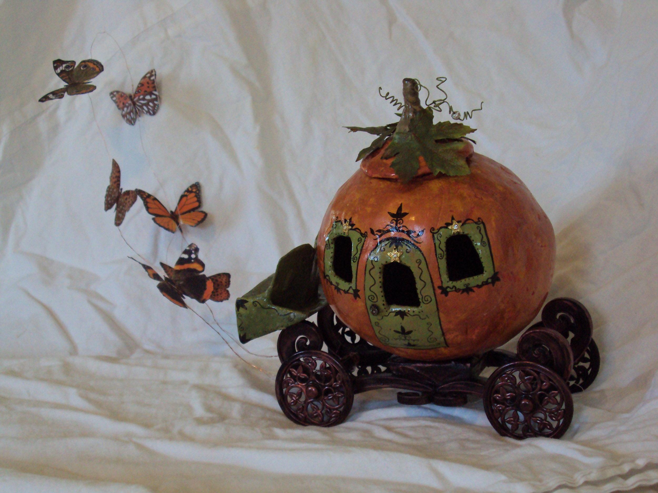 PumpkinCarriage10.jpg