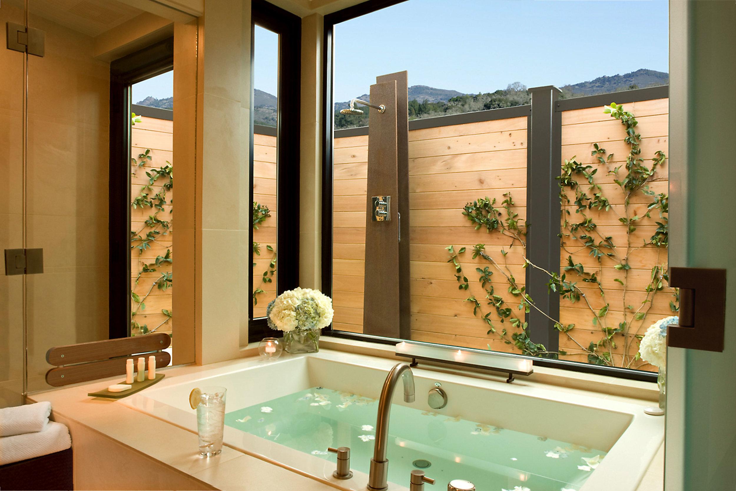 Bardessono: Guest Bath