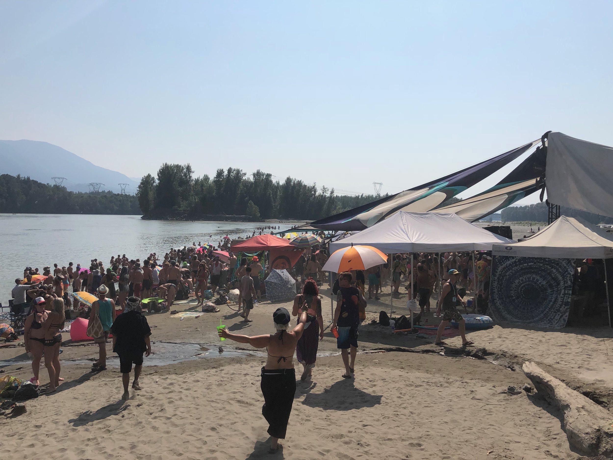 Event_ELF_Beach.jpg