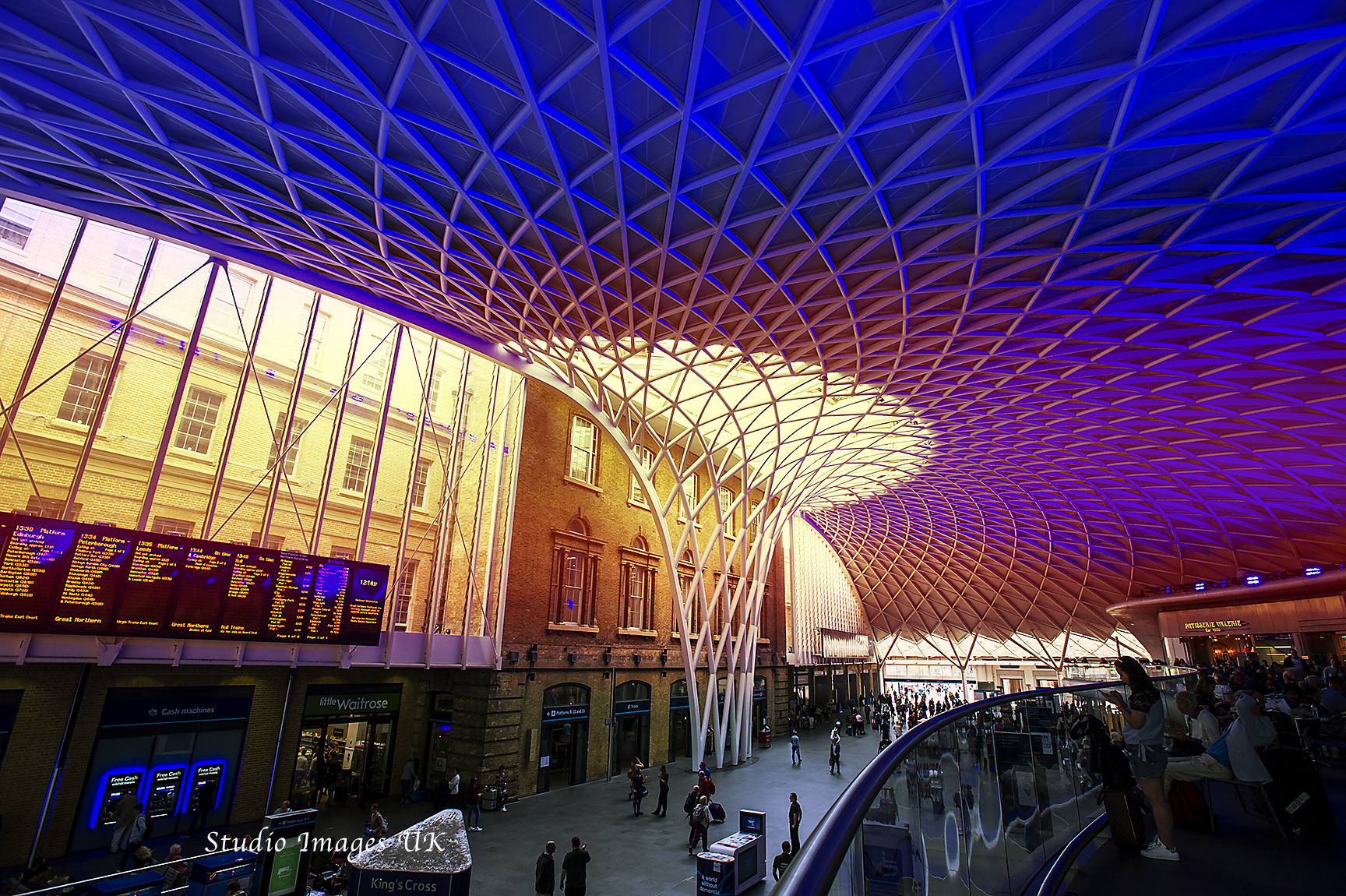 Kings X Station, London