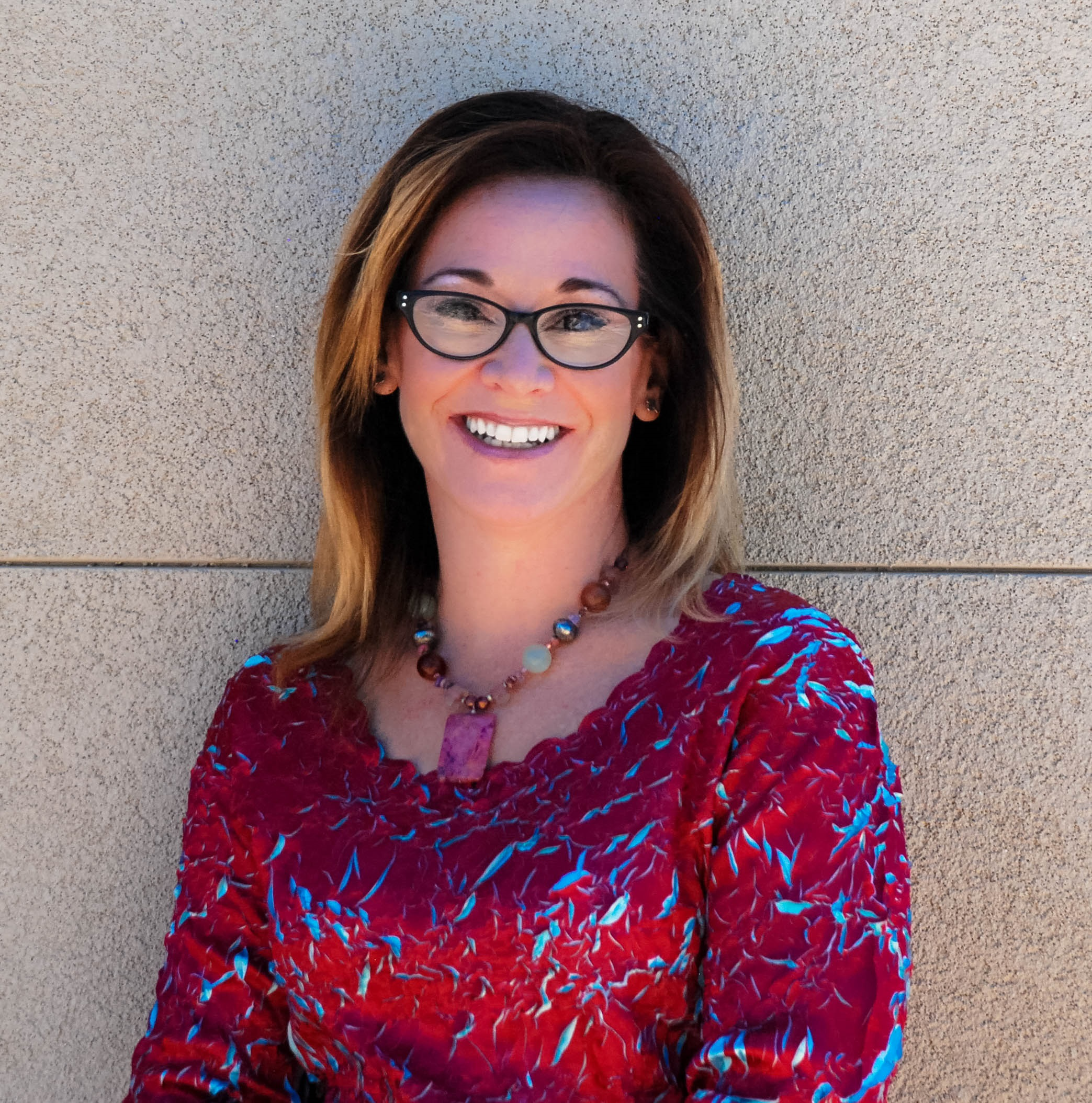 Judy Huch Headshot.jpg