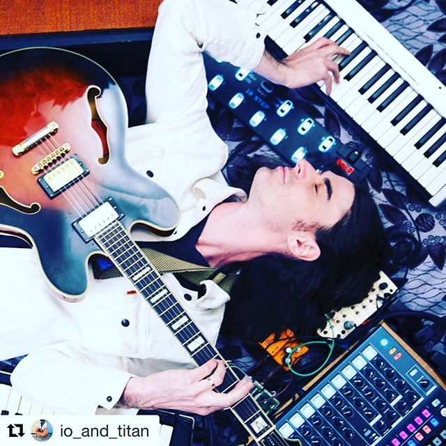 Catch our good friend @io_and_titan, who stars as the friendly pizza lovin' bassist for #SlimHitter, on tour! Kick off in BK 9/25 ✨  #Repost @io_and_titan ・・・ Going on tour again!! 25 shows in 26 days. Aaahhh!! If you're in Brooklyn, come on out to the kickoff show at @cmoneverybodybk on 9/25 and say bye to me before I'm gone for a month. Check out the dates at the link in bio, and tell your friends in these spots! . . . #musictour #tourlife #bandtour #adreamoftwomoons #artpop #indierock #indieband #guitarists #brooklynmusic #nycmusic #livemusic #livemusicisbetter #livemusicnyc #cmoneverybody #musician #bass #drums #bassplayer #drummer #wurlitzer #diymusic #vocalsonpoint