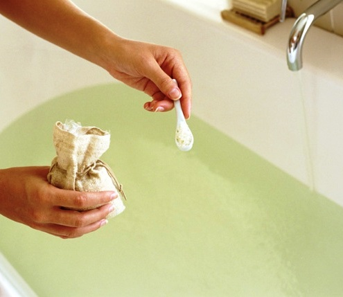 epsom-salt-bath.jpg