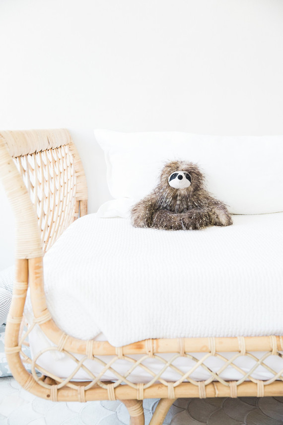 le-bump-baby-blog-room-nursery-day-bed-sloth-toy-100-layer-cakelet.jpg