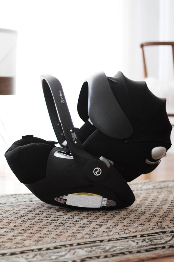Stylish-Safest-Car-Seat-Cybex-Cloud-Q-Vintage-Rug-Baby-Room-Nursery-Le-Bump.jpg