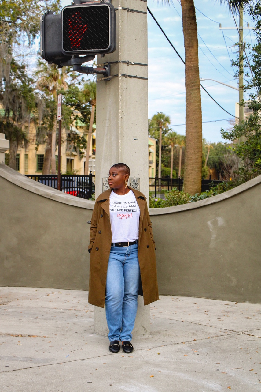 Trench coat:  Forever 21   T-shirt:  Cotton On   Jeans:  Boohoo   Loafers:  Target