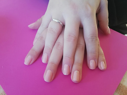 manicure1.jpg