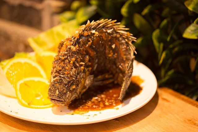 One of the many choices on our menu! Here is our Whole Fish with Garlic and Pepper Sauce! 😍