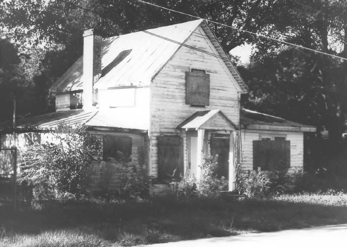 As seen in 1990 with the Longwood Historic District filing. Building was in a terrible state of disrepair.