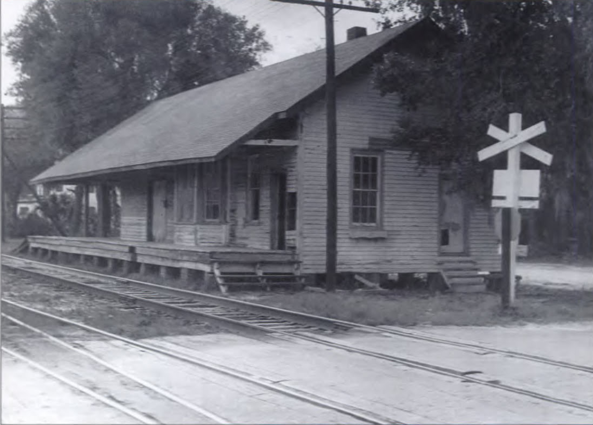 Front side facing south, in its original location on Church Street in Longwood.