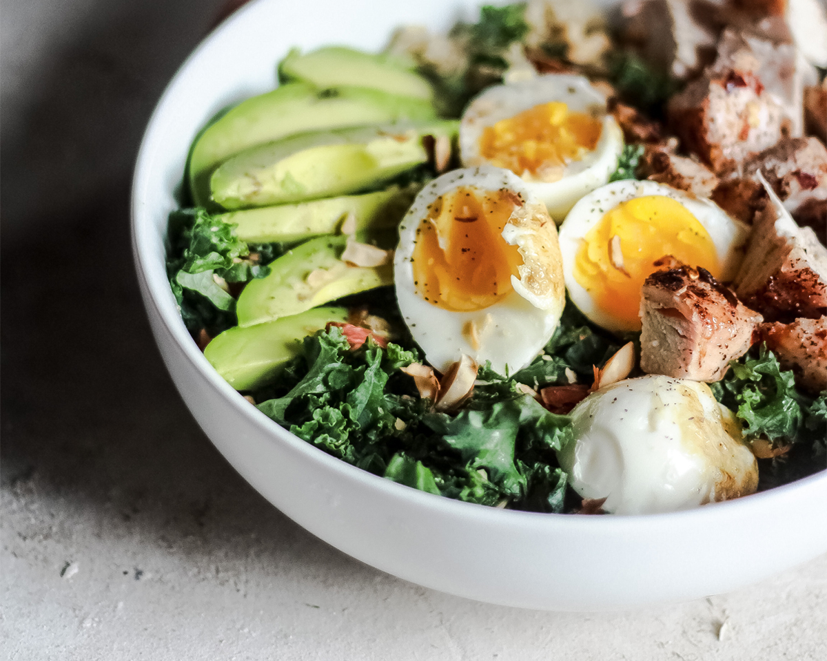 Eat Well - Feel good about being full. Our bowls, smoothies and snacks are simple and delicious. We pride ourselves on using quality ingredients and offering you options to meet your dietary desires. Choose from our pre-crafted menu or build your own. Either way, enjoy a beautifully designed, delicious, nutritious meal and just be sure to snap a picture of it.