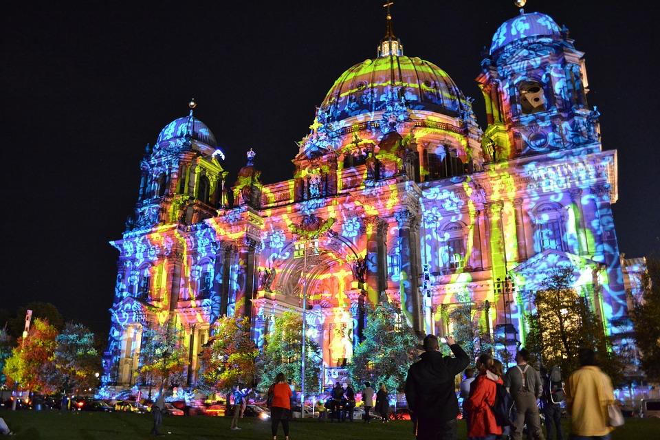 Dom-Color-Berlin-Illumination-Festival-Light-2063165.jpg