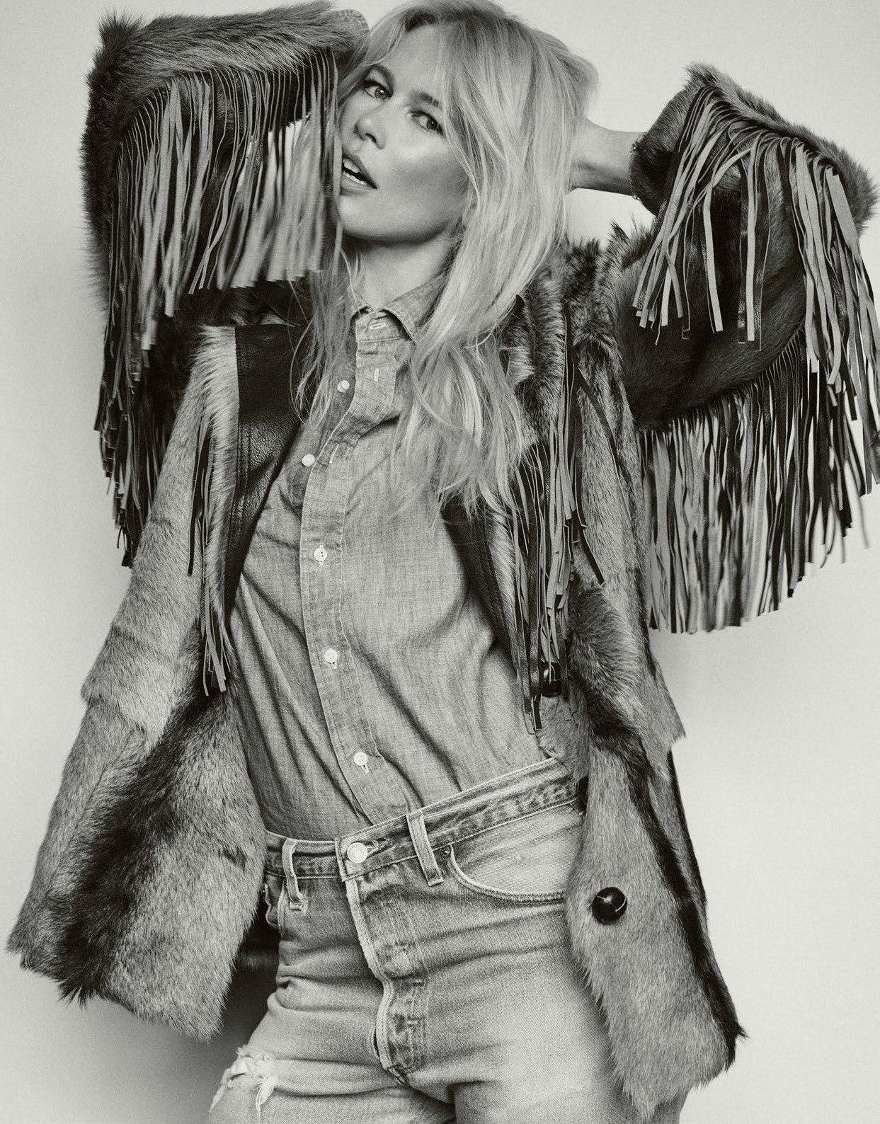 Claudia+Schiffer+for+Vogue+Paris+September+2018+(6).jpg