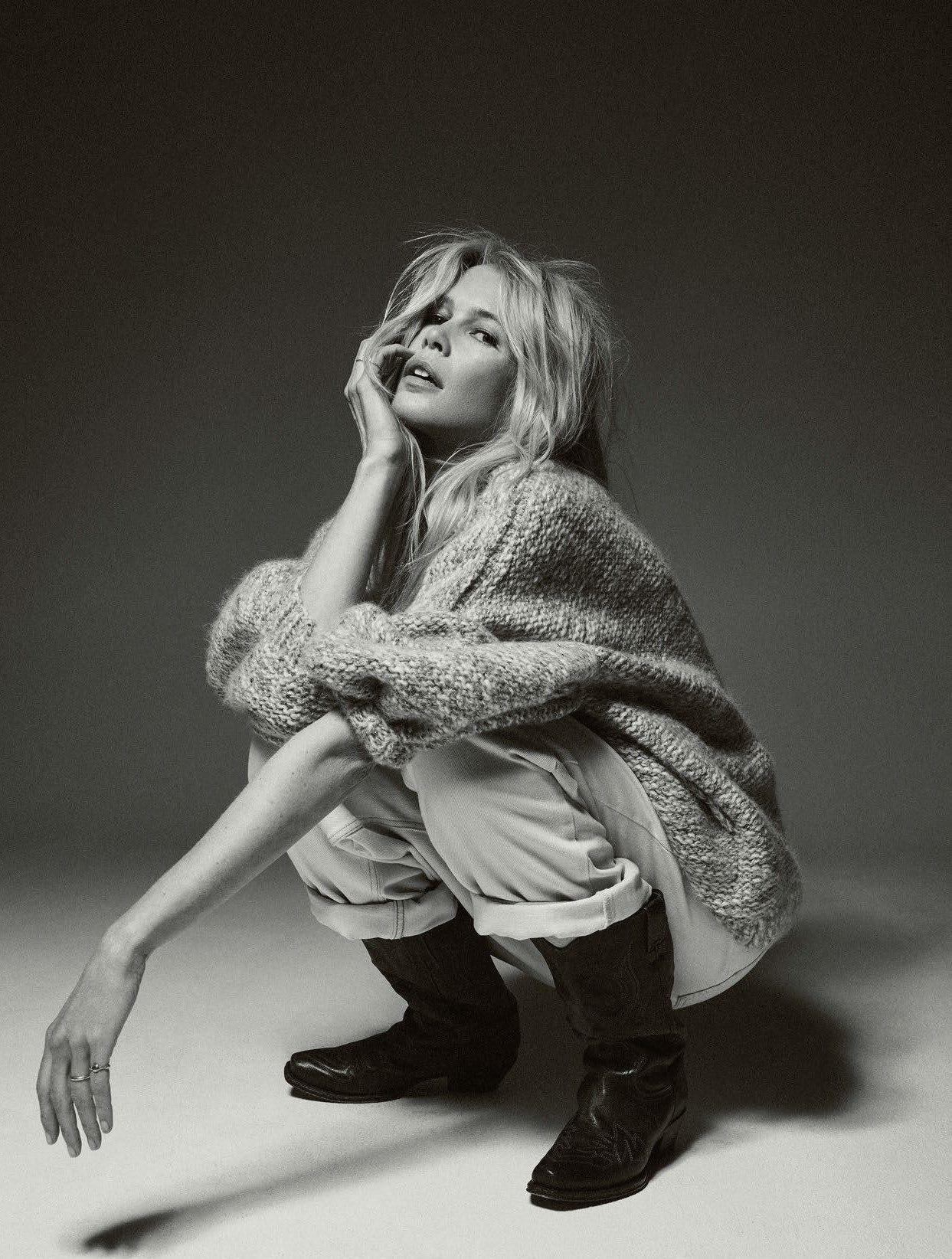 Claudia+Schiffer+for+Vogue+Paris+September+2018+(8).jpg